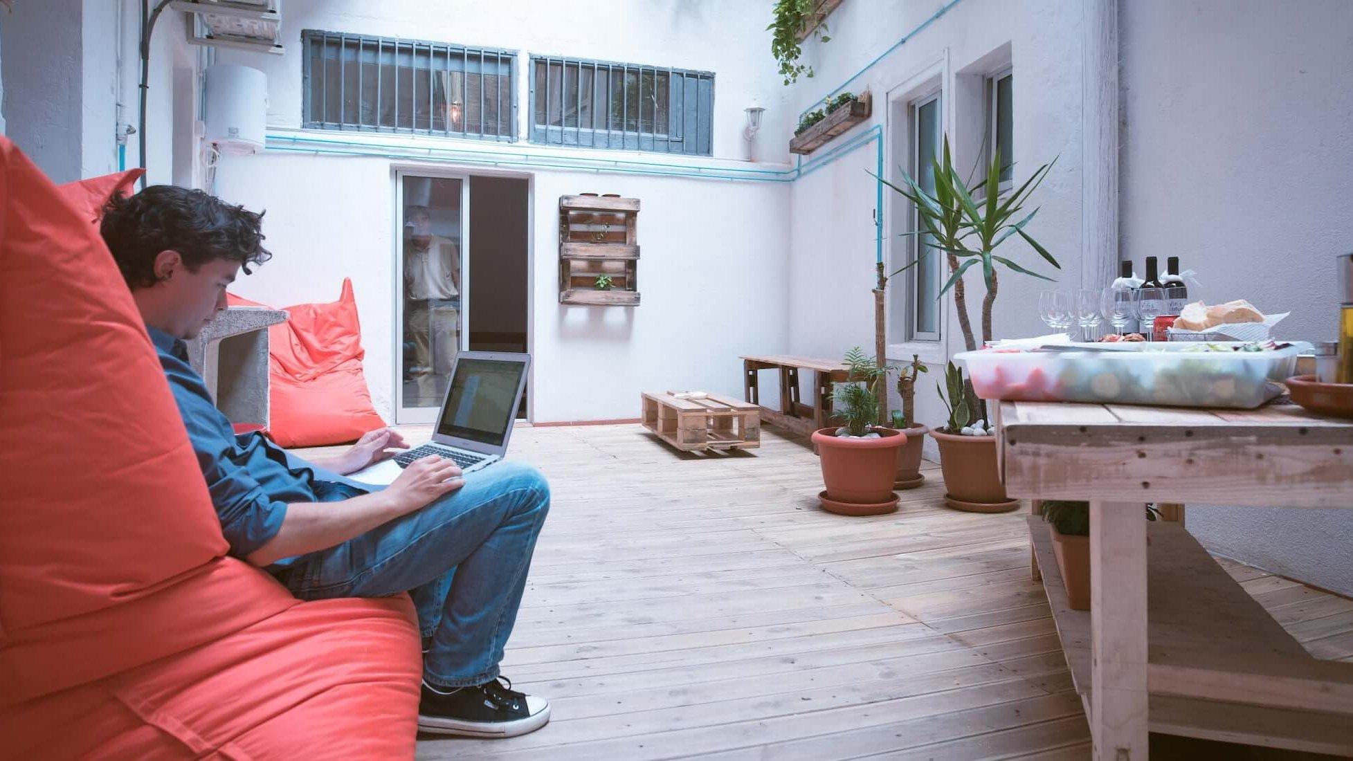 Oficina Virtual en Poble Sec Barcelona