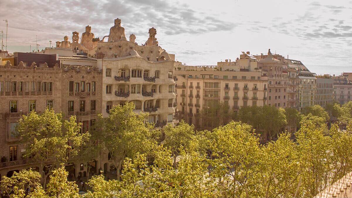 Paseo de Gracias - Gaudi