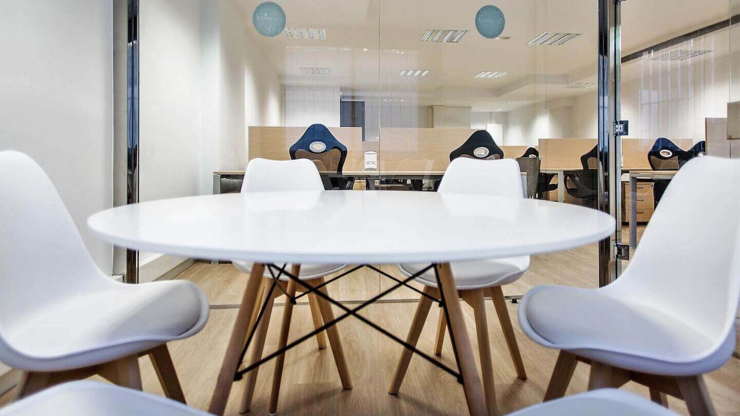 meeting room calle calabria